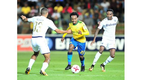 Tau is PSL footballer of the season