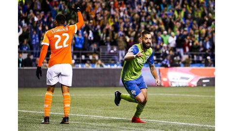 Dempsey on target for Seattle
