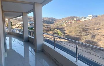 7 Bedroom House To Rent in Auasblick
