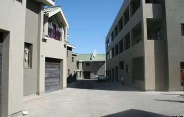 MODERN DUPLEX TOWNHOUSE FOR SALE IN SWAKOPMUND -  CLOSE TO THE SEA!