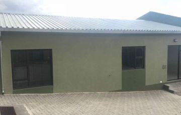 3 Bedroom Townhouse For Sale in Otjomuise