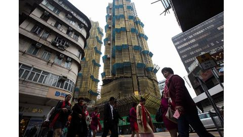 Hong Kong's red-hot property market cools