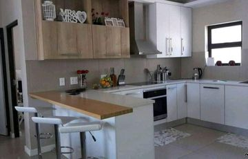 2 Bedroom Apartment To Rent in Windhoek Central