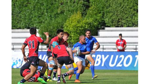 Junior rugby players eye final