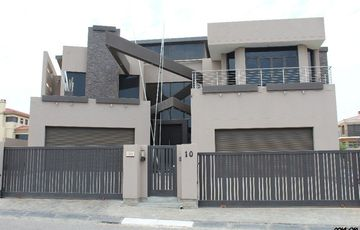 ENSURE A WORLD YOU'D LOVE TO LIVE IN WITH THIS STYLISH HOUSE IN SWAKOPMUND, NAMIBIA!