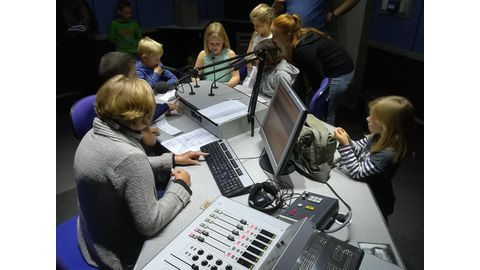 """DHPS learners """"On Air"""""""