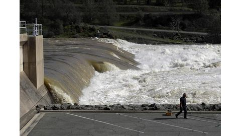 Oroville Dam woes remain