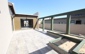 MODERN STYLE  FAMILY HOUSE FOR SALE IN SWAKOPMUND!
