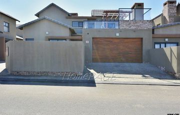 Ext 17 (Dunes), Kramersdorf, Swakopmund:   Upmarket Townhouse is for Sale
