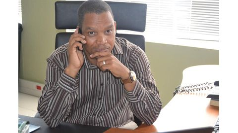 Swartbooi dares Hage to fire him
