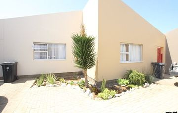 SAFE, SECURE LIVING & CLOSE TO TOWN CENTRE! GROUND-FLOOR TOWNHOUSE PROPERTY FOR SALE IN SWAKOPMUND, NAMIBIA!