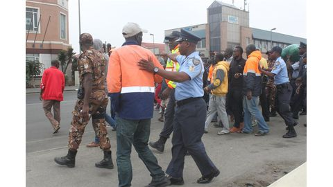 Police remove protesters from Walvis Bay harbour