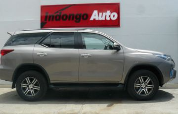 TOYOTA FORTUNER 2.8 A/T