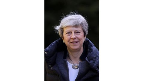 May to set timeline to quit