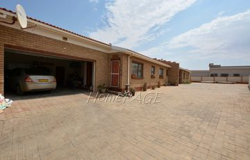 Ext 10, Henties Bay, Unit in Paresis Park Townhouse Complex is for sale