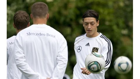 Frustrated Ozil quits