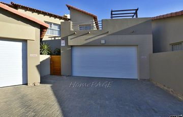 ​Dunes, Swakopmund: Awesome Townhouse is for Sale