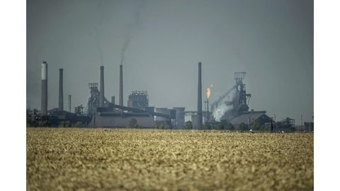 Industry, campaigners spar over SA's carbon tax