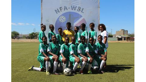 10 000 female footballers wanted