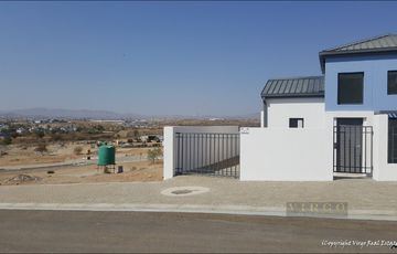 New Development - 3 bedroom house in Windhoek Waterfront