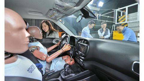 World-first multi-collision airbag system introduced