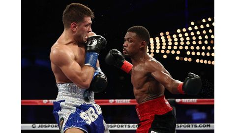 Jacobs grabs IBF middleweight title