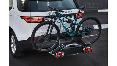 Tailor-made cycling pack for Land Rover Discovery