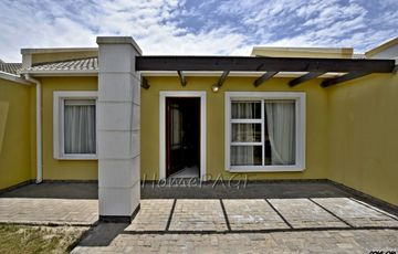 ​Kramersdorf, Swakopmund: Quaint Unit in Palm Gardens is for Sale