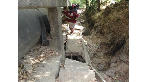 Police reopen unsafe Ruacana stairs