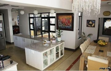 Refurbished Family Home in Eros