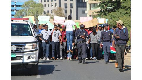 Students demand minister's head
