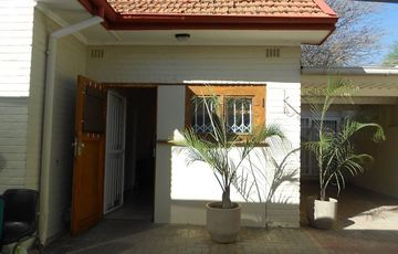 Two Bedroom Cottage in Luxury Hill Available Immediately