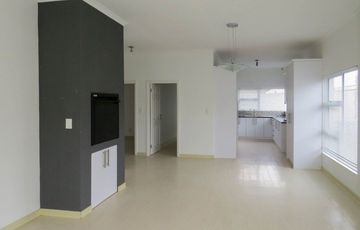 Modern Townhouse for Sale!