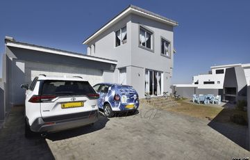 ​Long Beach ext 2, Walvis Bay: Home with Dune Views is for sale