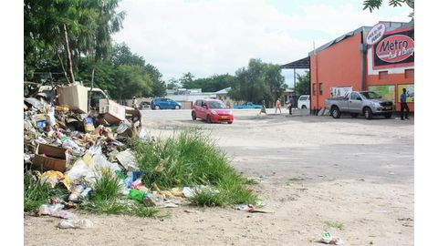 Rundu is drowning in rubbish
