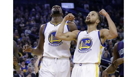 Curry red-hot as Warriors bury Hornets