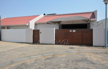 Fairway Estates, Walvis Bay:  467m² Home for ONLY N$2 730 000