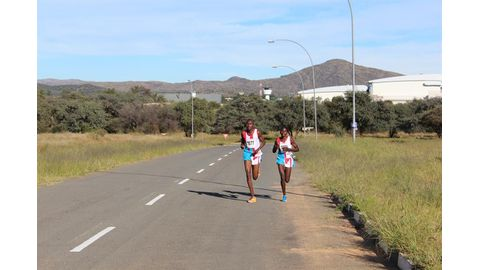 Erongo Powersave Street Mile draws big names