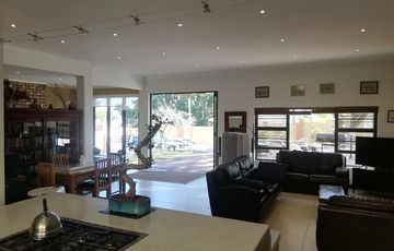 Spacious Family Home in Olympia