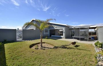 ​Ext 9, Swakopmund: Home in end of Cul-de-Sac is for Sale