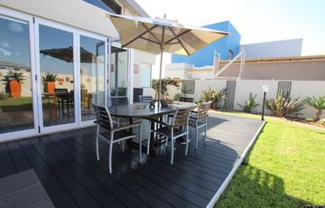 LIVE IN STYLE!  ELEGANT, MODERN STYLE HOUSE FOR SALE IN SWAKOPMUND, NAMIBIA!