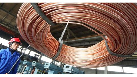 Copper recovers on fresh round trade talk plans