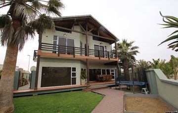 EXCEPTIONAL WITH MODERN FINISHES!  FAMILY HOUSE IN SWAKOPMUND, NAMIBIA!