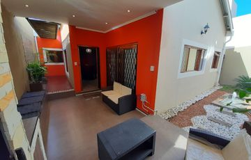Immaculate single level unit for sale in Avis
