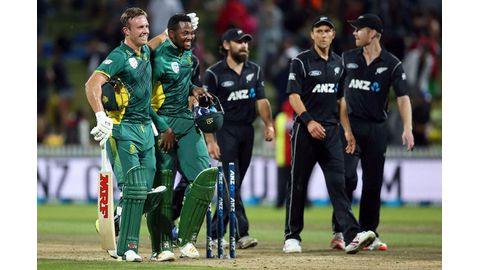 South Africa sneaks home against NZ