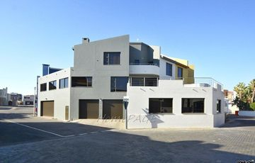 Long Beach Ext 1, Walvis Bay: Luxurious Corner Home is For Sale