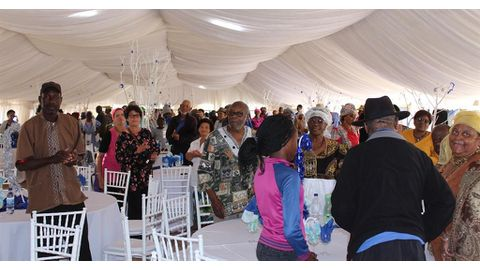 Hangana treats pensioners to Christmas lunch