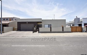 ​Ext 23, Swakopmund: U-Shaped Home with Rooftop Patio is for Sale
