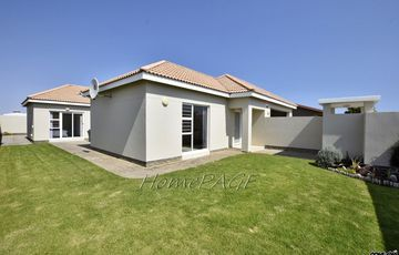 ​Ext 9, Swakopmund: Very Neat, Beautiful Home is for Sale
