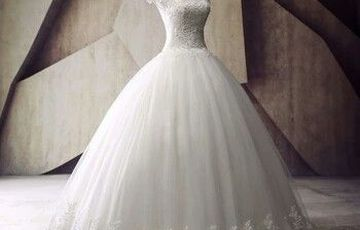 Wedding gown and tail second hand
